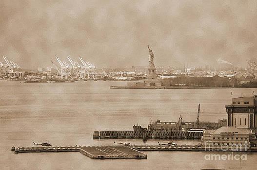 RicardMN Photography - New York Harbor and Statue of Libertty vintage
