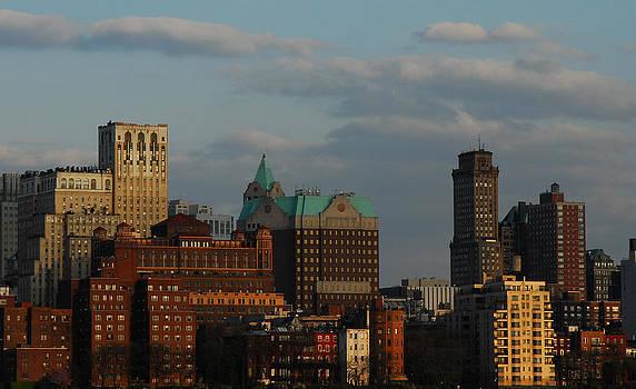 New York Manhattan Skyline by Eric Keesen