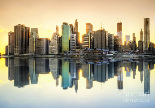 Yhun Suarez - New York Skyline Sunset