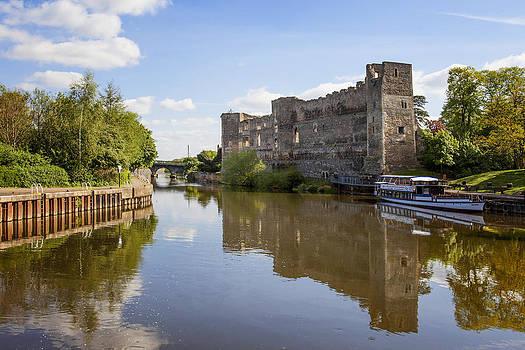 Newark Castle Nottinghamshire UK by Gillian Dernie