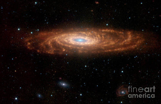 Science Source - Ngc 7331-Caldwell 30-The Milky Ways