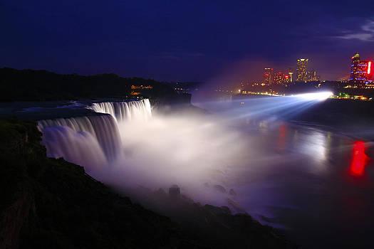 Niagara Falls-American Side by David Simons
