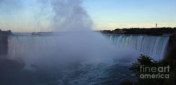 Niagara Falls by Jeff Sommerfield