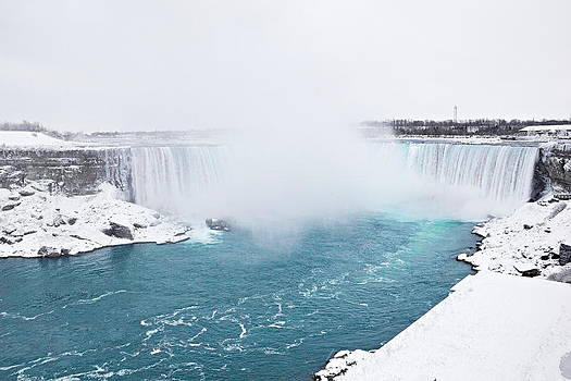 Simply  Photos - Niagara Falls Misty Winter Wonderland