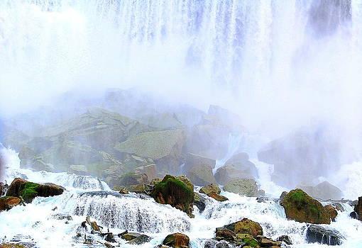 Linda Rae Cuthbertson - Niagara Falls Rocky Bottom