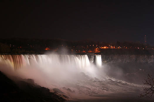 Kathy Peltomaa Lewis - Night At Niagara Falls