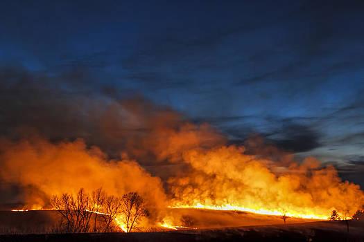 Scott Bean - Night Burn In The Flint Hills