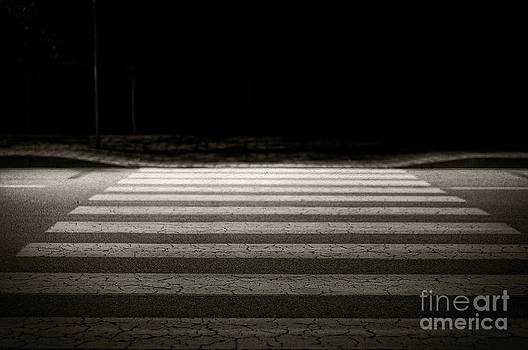 Night lights - pedestrian crossing by Giuseppe Ridino