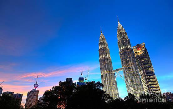 Fototrav Print - Night on Kuala Lumpur Petronas Towers