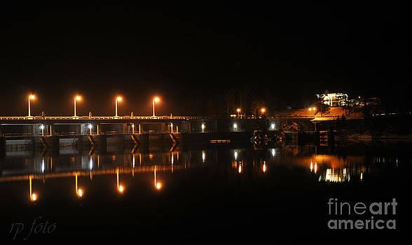 Night Scene by Rostislav Podhora