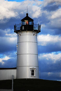 Nobble Lighthouse by Lorena Mahoney