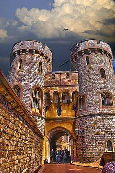 Ludmila Nayvelt - Norman Gate