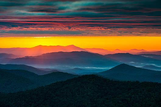 North Carolina Blue Ridge Parkway Morning Majesty by Dave Allen