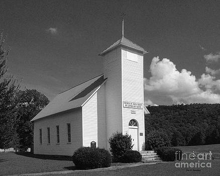 Northcutts Cove Chaple by   Joe Beasley