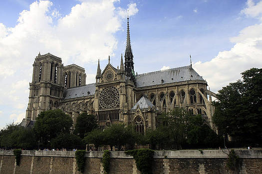 Notre Dame Cathedral by Gladys Turner Scheytt