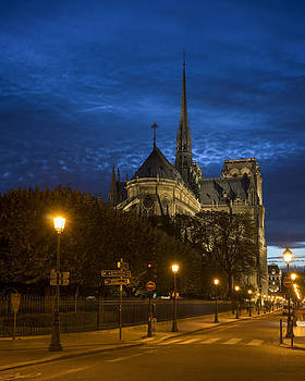 Vyacheslav Isaev - Notre Dame de Paris in the twilights