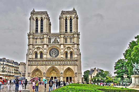Pravine Chester - Notre Dame de Paris