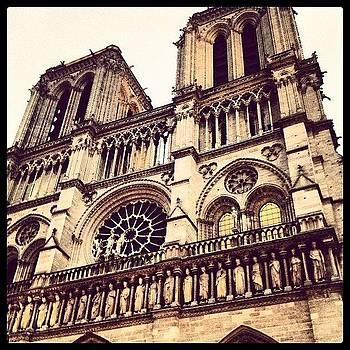 Notre Dame 👍#paris #france by Ashley Millette