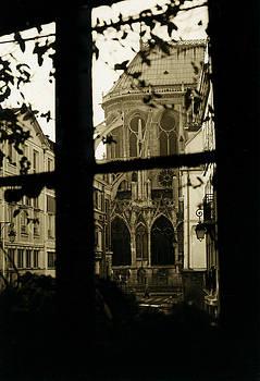 Notre Dame -Paris by Nino Via