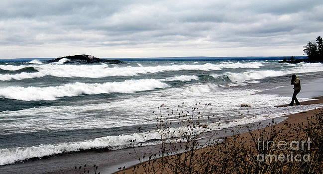 November Gales on Lake Superior by Jaunine Roberts
