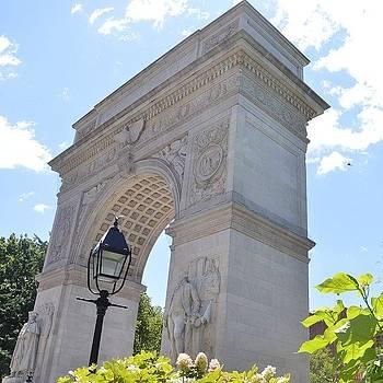 Eve Tamminen - Nyc Arch.  #iloveny #newyork