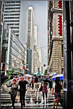 NYC Busy by Claudia Holt