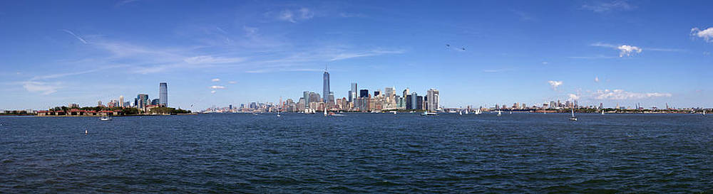 NYC Landscape Panorama by Terry Thomas