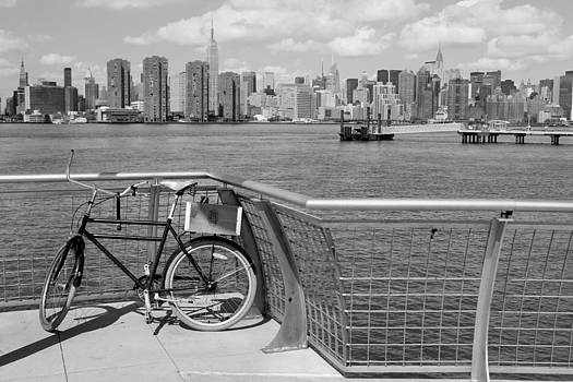 Nina Bradica - NYC Skyline by the East River