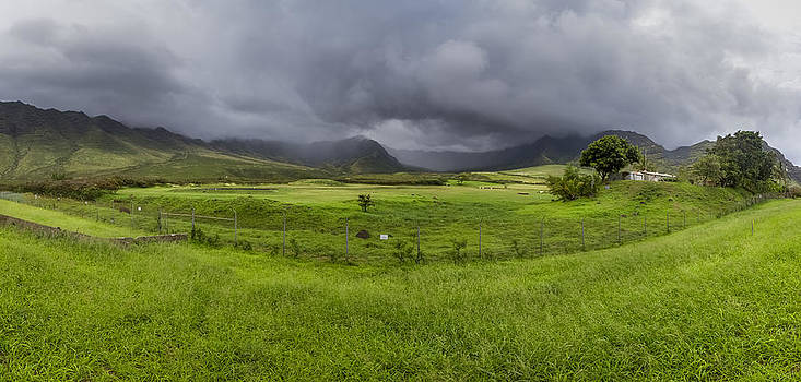 Oahu West Hawaii by Jianghui Zhang