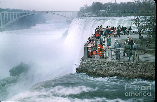 California Views Mr Pat Hathaway Archives - Observation point Niagara Falls Rainbow Bridge over the Niagara