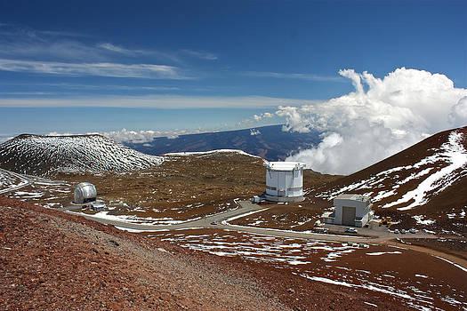 Venetia Featherstone-Witty - Observatories On the Summit of Mauna Kea