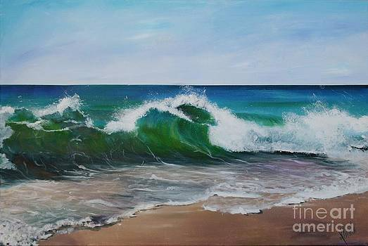 Shore Break by Shirley Lennon