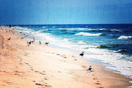 Ocean's calming waves by Dick Wood