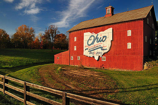 Ohio Bicentennial Barn by Dick Wood