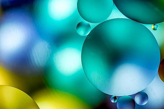 Oil Drops by Yasar Ugurlu