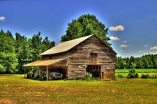 Old Barn 1 by Ed Roberts