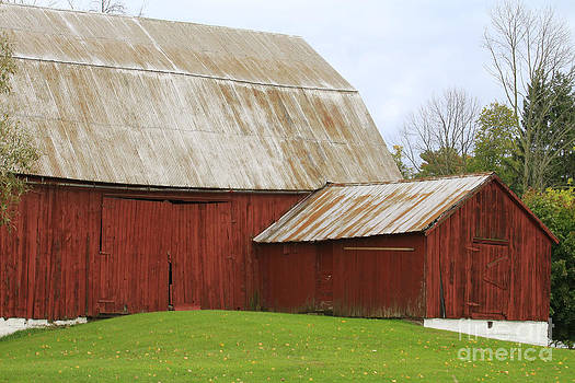 Old Barn by Kathy DesJardins
