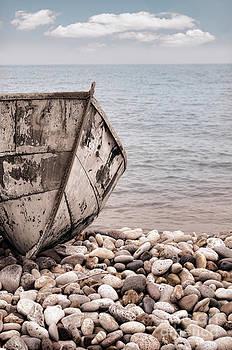 Jill Battaglia - Old Boat on a Beach