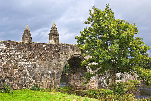 Jane McIlroy - Old Bridge at Stirling - Scotland