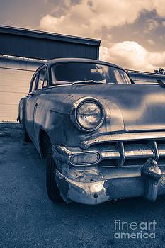 Edward Fielding - Old car in front of garage