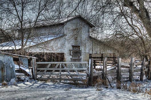 Old Creek Barn by Lisa Moore