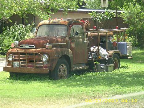 Old Fire Truck by Emma  Bluntzer