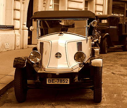 Old  French Car by Riad Belhimer