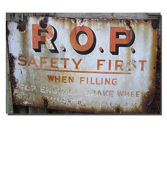 Old Garage sign by Geoff Cooper