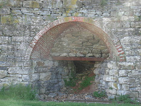 Old Lime Kiln by Terrilee Walton-Smith