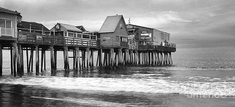 Old Orchard Beach by Isabel Poulin