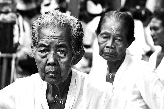 Old Participant by Wayan Suantara