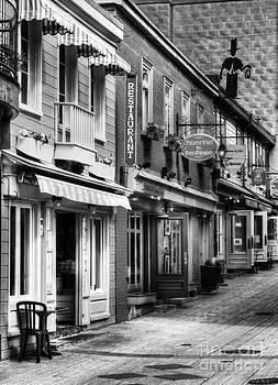 Mel Steinhauer - Old Quebec City 20 BW