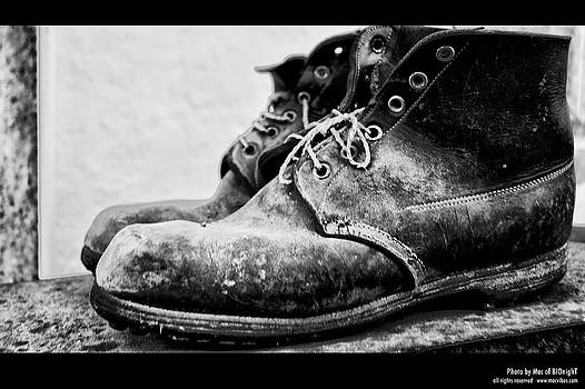 Old shoes by Mac Of BIOnighT