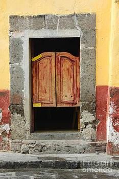 Oscar Gutierrez - Old Swinging Doors